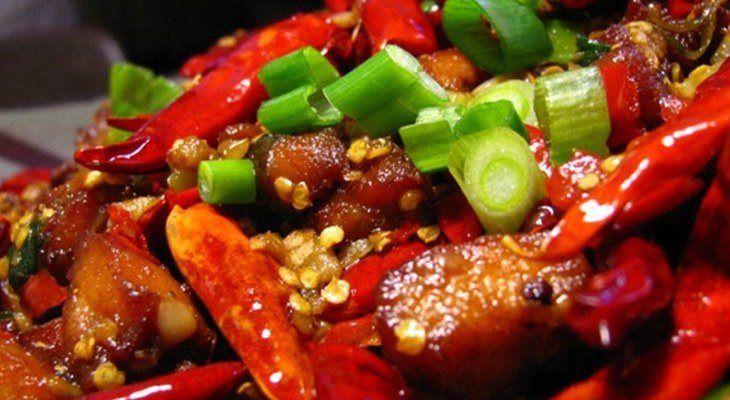 Người bệnh không nên ăn đồ ăn mặn, cay nóng