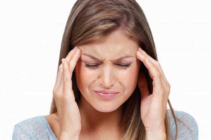 Đau đầu là tình trạng xảy ra khi các thụ thể cảm giác trên khu vực thần kinh trung ương bị kích thích