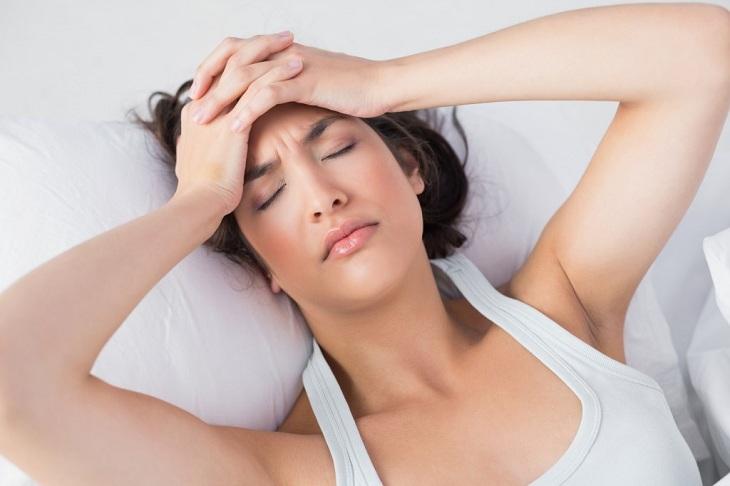 Tình trạng đau đầu khiến người bệnh cực kỳ khó chịu và mệt mỏi