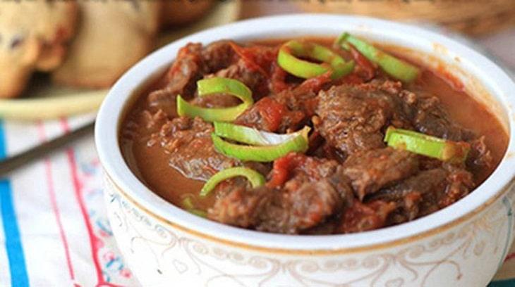 Thịt bò cùng thảo quả thơm - Món ăn cho người bị xuất huyết dạ dày rất tuyệt vời