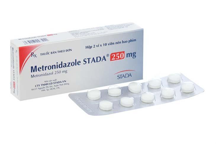 Metronidazole là kháng sinh phổ biến trong phác đồ điều trị