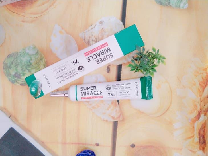 Super Miracle Spot All Kill - Some By Mi với chất kem dịu nhẹ và không gây kích ứng da