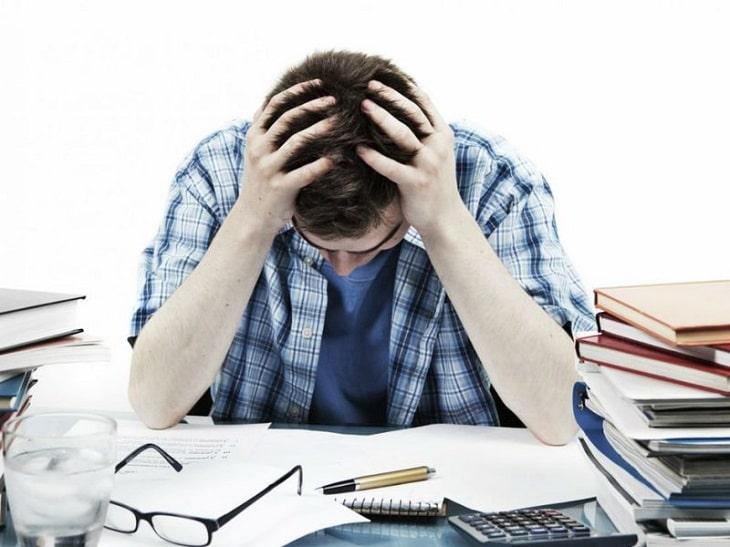 Tâm lý căng thẳng cũng là nguyên nhân gây nên bệnh viêm dạng nốt hang vị