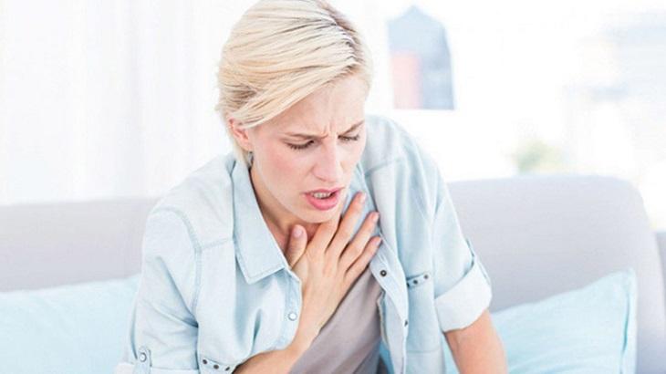 Xuất huyết dạ dày có nguy hiểm không? Biến chứng thở dốc, khó thở