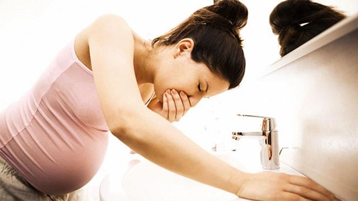 Ốm nghén là nguyên nhân gây nên tình trạng xuất huyết dạ dày khi mang thai