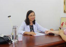 Tiến sĩ - Bác sĩ Nguyễn Thị Thư - Vị danh y tận tâm dành nửa thế kỷ cho YHCT đất Việt