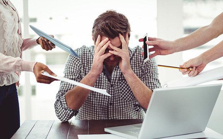 Đau đầu căng thẳng thường bị nhầm lẫn với các loại bệnh lý khác