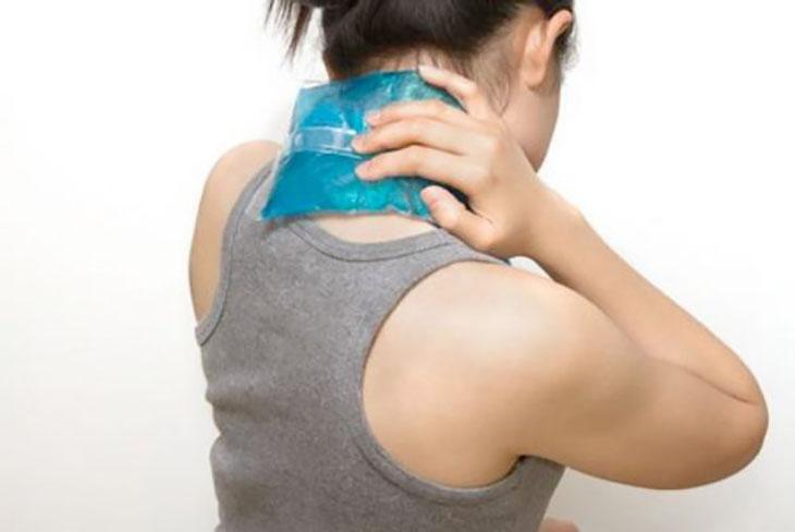 Tác dụng nhiệt là cách giảm đau đầu nhanh chóng