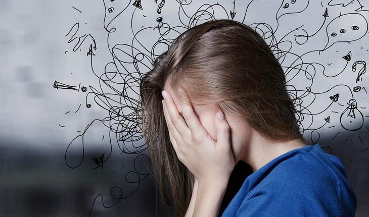 Stress gây ra chứng đau đầu phổ biến ở người trẻ.