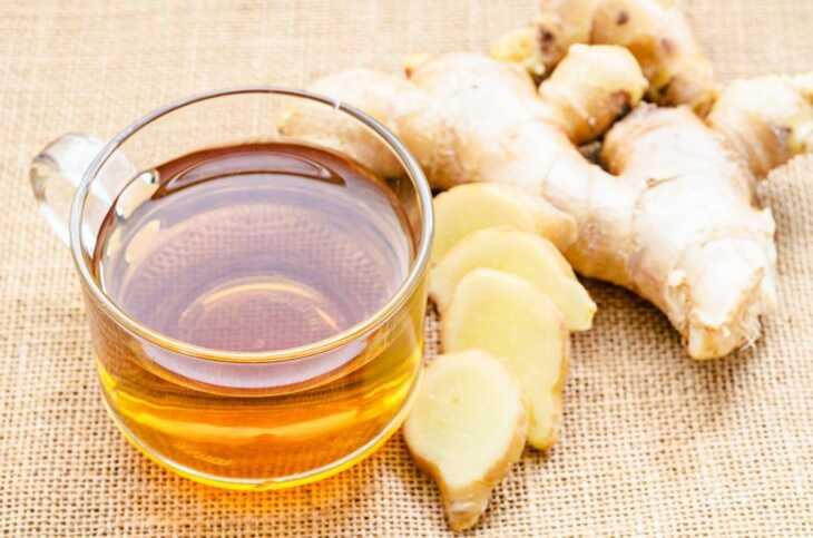 Người bệnh có thể sử dụng một số mẹo dân gian đơn giản tại nhà như uống trà gừng
