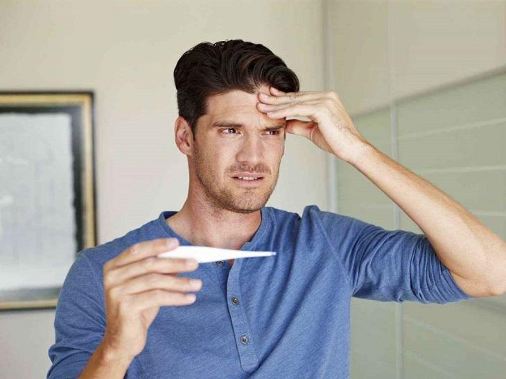 Đau đầu kèm theo sốt gây ảnh hưởng không nhỏ đến chất lượng cuộc sống hằng ngày