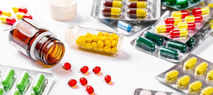 Thuốc Tây y trị chứng ợ hơi đầy bụng