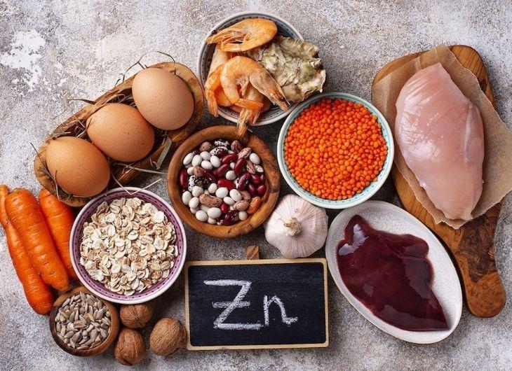 Cơ thể thiếu chất kẽm cũng ảnh hưởng đến chất lượng tinh dịch