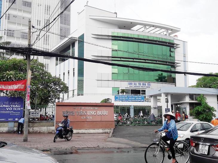 Thăm khám tại bệnh viện Ung bướu chi nhánh TP. Hồ Chí Minh