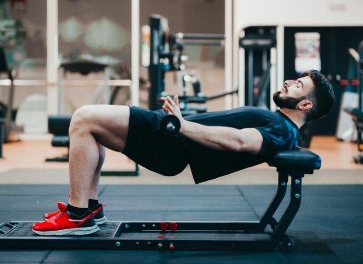 Người bị rối loạn cương dương không nên bỏ qua bài tập Hip Thrust