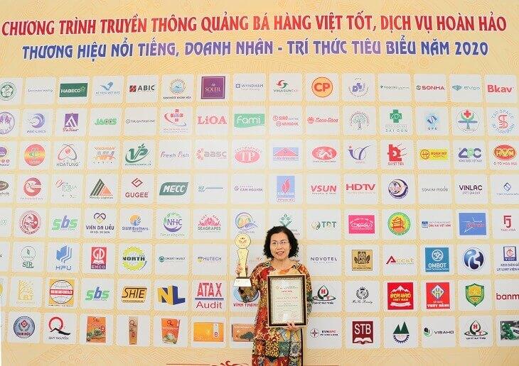 Nhất Nam Y Viện được nhận giải thưởng Top 20 thương hiệu tốt nhất 2020
