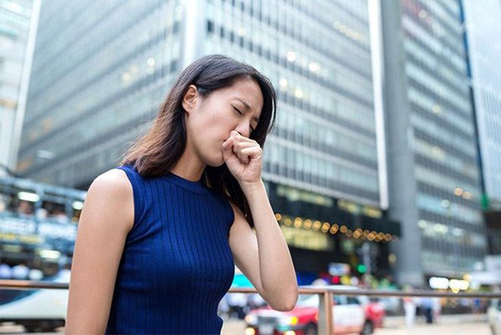 Căn bệnh viêm họng hạt gây ảnh hưởng nhiều đến chất lượng công việc